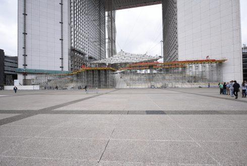 Les travaux de rénovation de la Grande Arche le 13 juin 2016 - Defense-92.fr