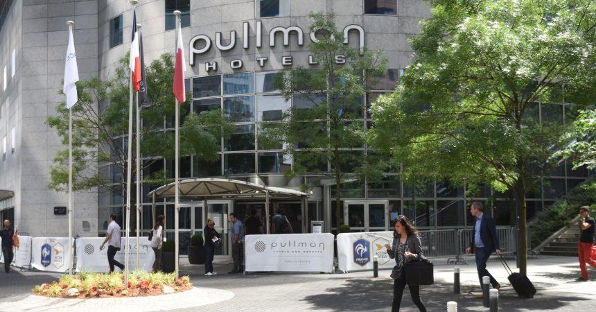 Une guide japonaise détroussée de son sac à main à l'hôtel Pullman