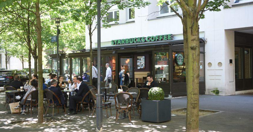 Le Starbucks du Faubourg de l'Arche ne ferme plus (pour le moment)
