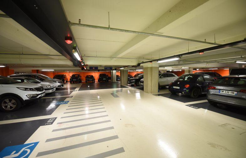 """Pendant les travaux du RER A Les Parkings de La Défense proposent leur """"Pass été"""""""