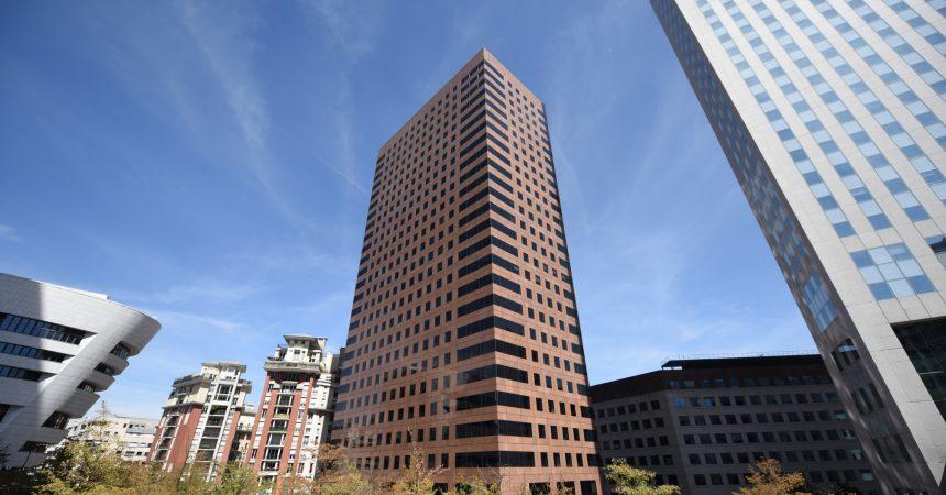 Invesco Real Estate et RedTree Capital acquièrent la tour Cèdre