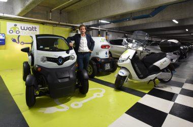 Les scooters et Twizy électriques de Wattmobile arrivent à La Défense