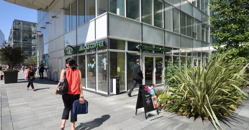 Le Starbucks de Cœur Défense fermé jusqu'à la fin juin pour travaux