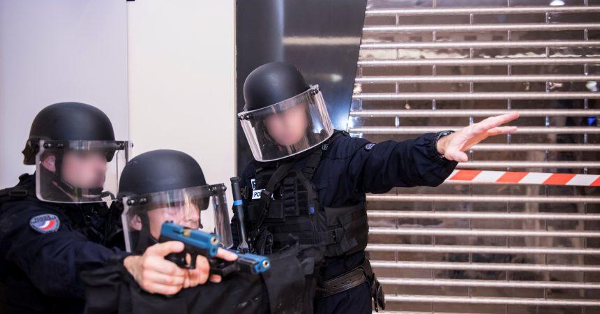 Terrorisme : La Défense se prépare au pire avec un exercice géant