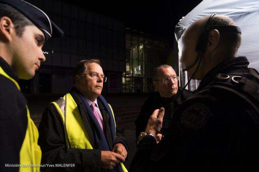 Le préfet des Hauts-de-Seine, Pierre Soubelet au centre de la photo - Yves Malenfer / Ministère de l'Interieur