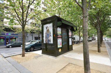 Le kiosque à journaux du Faubourg de l'Arche déjà fermé