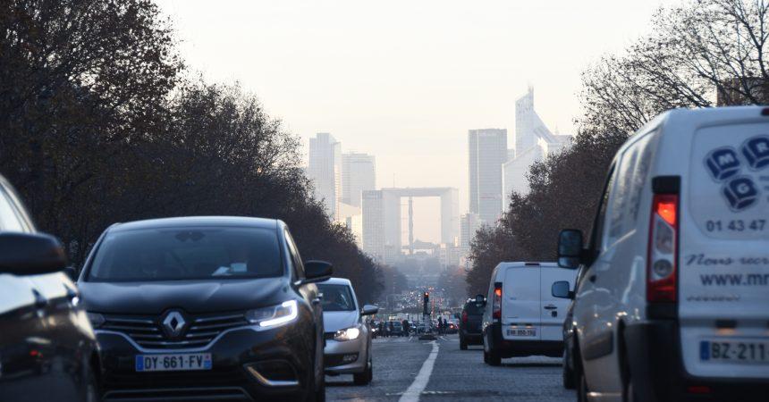 La circulation alternée fait son retour à Paris vendredi mais toujours pas à La Défense