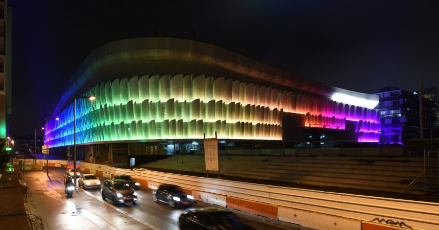 La U Arena prend des couleurs
