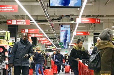 In-Store Media déploie de nouveaux écrans digitaux publicitaires dans l'hyper Auchan des 4 Temps