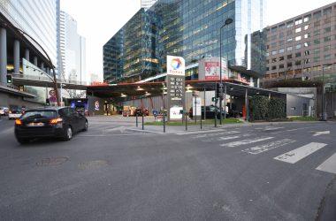 Après deux semaines de fermeture la station Total de La Défense a rouverte