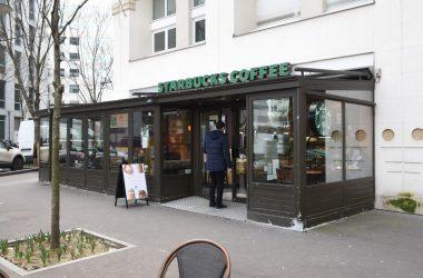 Le Starbucks du Faubourg de l'Arche de nouveau ouvert les dimanches
