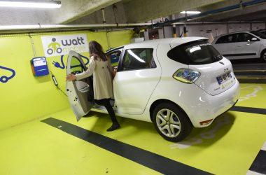 Wattmobile déploie la nouvelle Renault Zoé dans sa station de La Défense