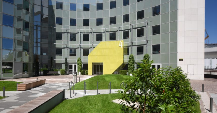 Orange poursuit sa stratégie d'implantation à La Défense en prenant 12 000 m² dans Les Villages 4&6