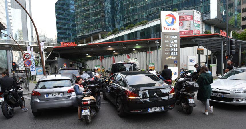 La station Total de La Défense retrouve un peu d'essence