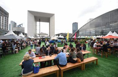 """Restaurants et commerces s'installent sur le parvis pour le village d'été """"Les Estivales"""""""