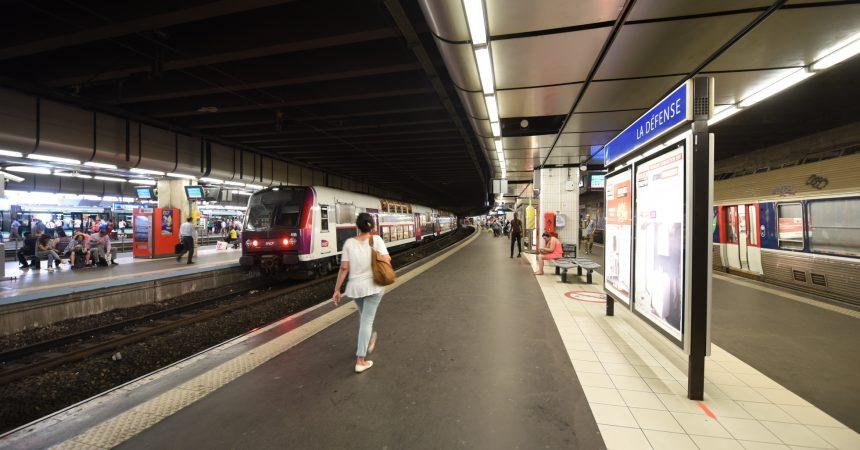 Jusqu'en septembre la ligne U du Transilien ne va plus à La Défense