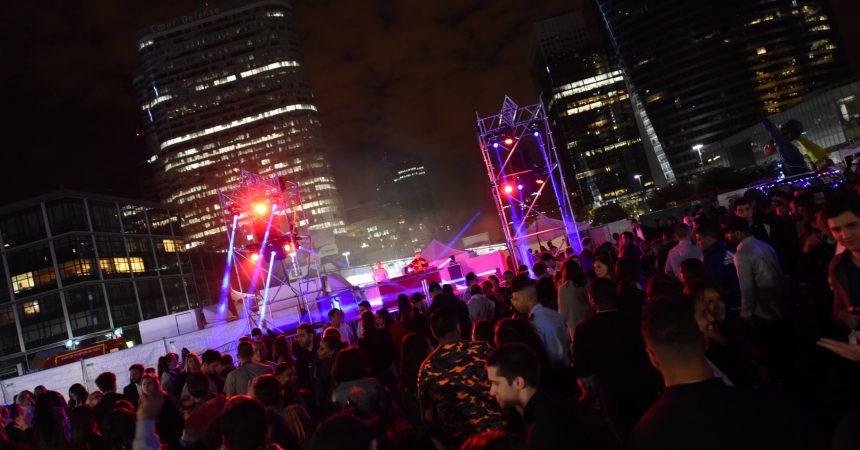 Venez faire la fête avec les pompiers sur le parvis de La Défense