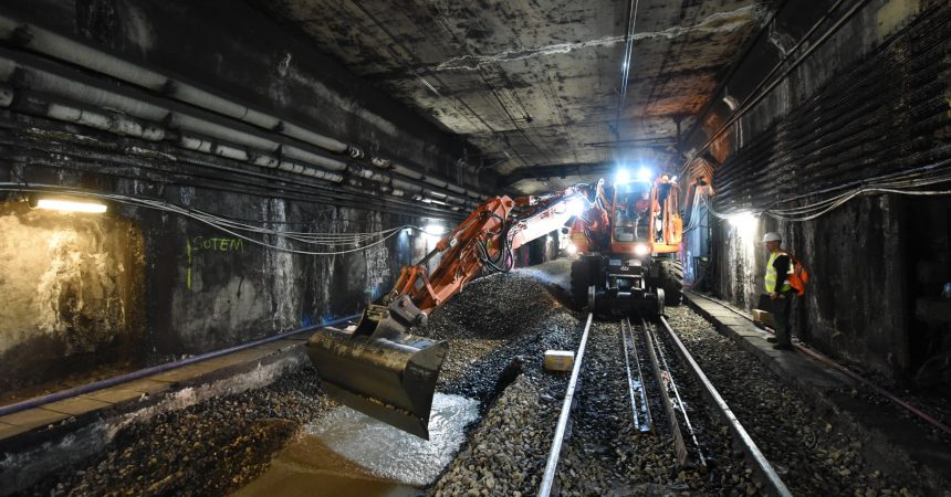 Travaux du RER A : quatre semaines pour renouveler 3,7 km de voies
