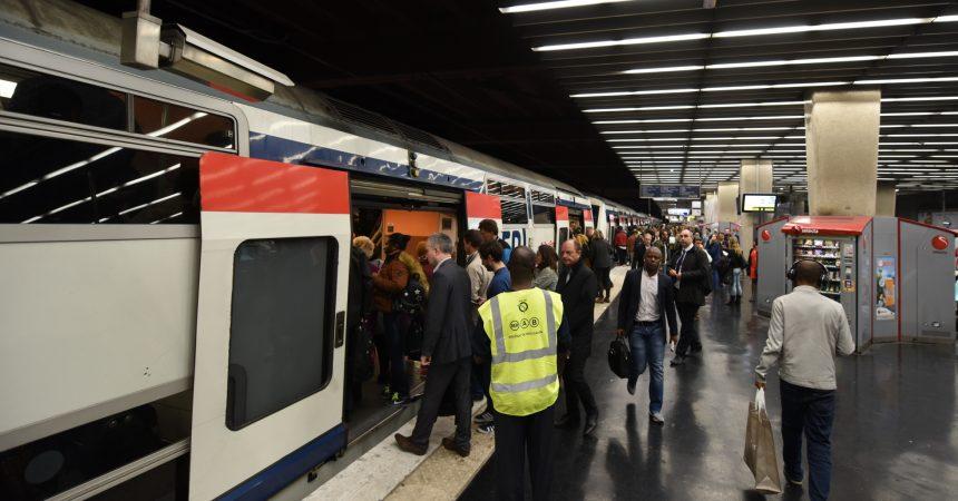 Un incident sur le RER A créé un mouvement de panique à La Défense