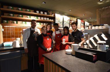 Absent depuis huit ans, Starbucks fait son retour dans le quartier Michelet