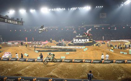 Au Supercross les motos ont fait vibrer la U Arena