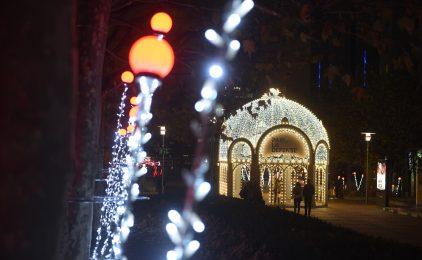 La Défense se pare de ses habits de Noël