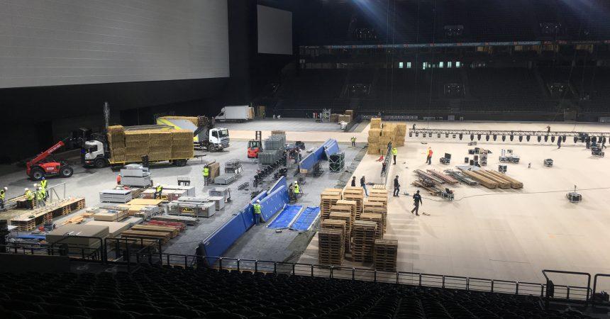 La U Arena se prépare pour le Supercross de ce weekend