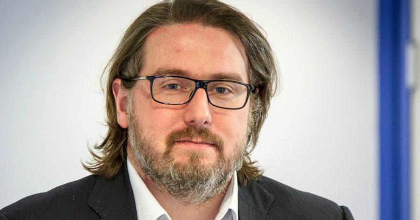 Benoît Lachamp prend la direction des axes communication digitale, e-business et développement web, de l'IIM