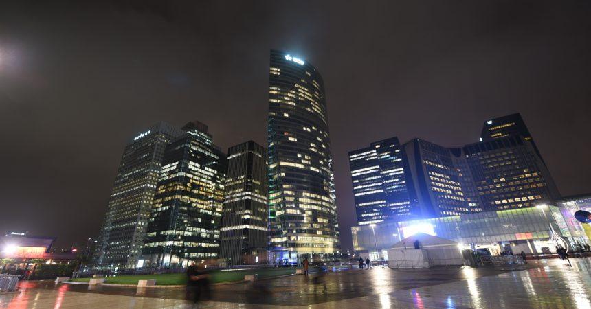 Citelum donne vie à la tour EDF avec un show lumineux