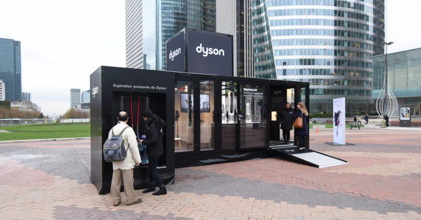 Sur la place de La Défense, Dyson présente sa technologie pour la maison