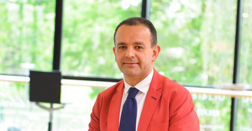 Vincenzo Esposito Vinzi nommé nouveau directeur général de l'ESSEC Business School