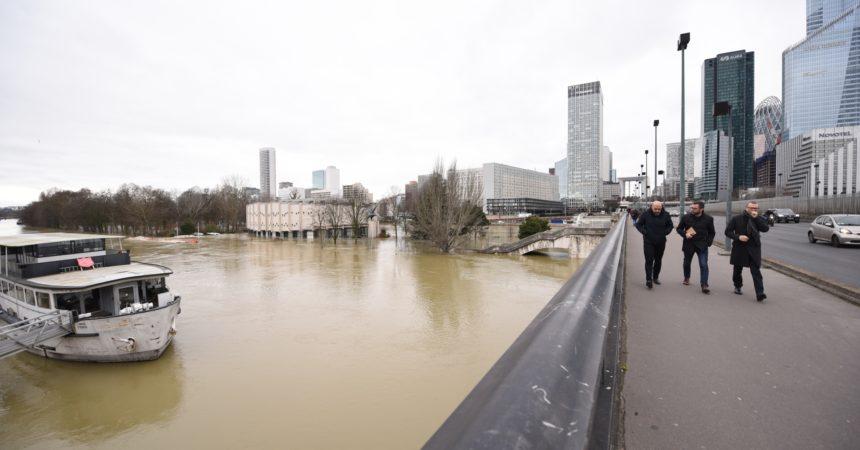 Crue de la Seine : le pic a été atteint ce lundi matin