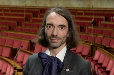 Le mathématicien Cédric Villani en dédicace à la Fnac de La Défense