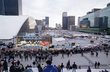 Le 25 décembre 1989 s'élançait du pied de l'Arche, la douzième édition du Dakar