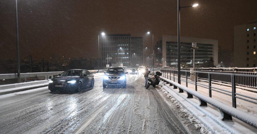 Chutes de neige : grosse galère sur le boulevard circulaire ce mardi soir