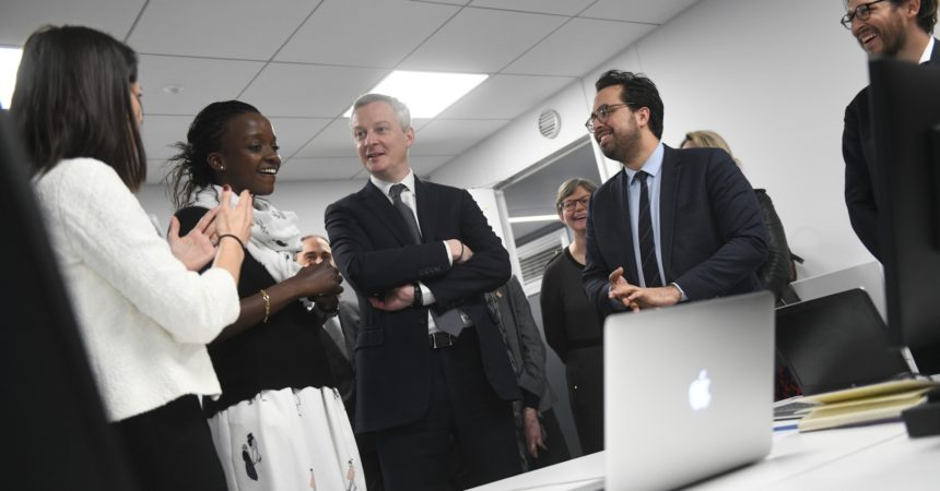 Bruno le Maire et Mounir Mahjoubi inaugurent le Swave, l'incubateur de la finetech