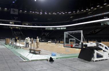 La U Arena se prépare à accueillir le match de l'année en basketball