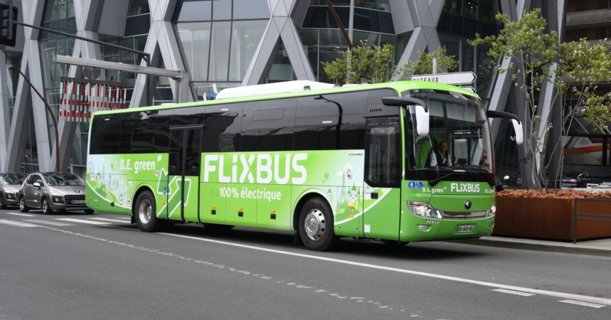 Flixbus ouvre sa première ligne 100 % électrique pour relier La Défense à Amiens