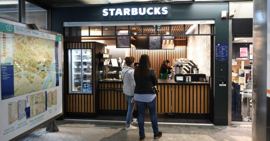 Starbucks ouvre son sixième salon de La Défense à la station de métro Esplanade de La Défense