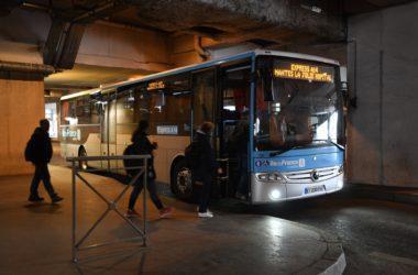 Dès juin prochain il y aura davantage de cars sur la ligne Express A14 entre La Défense et Mantes-La-Jolie