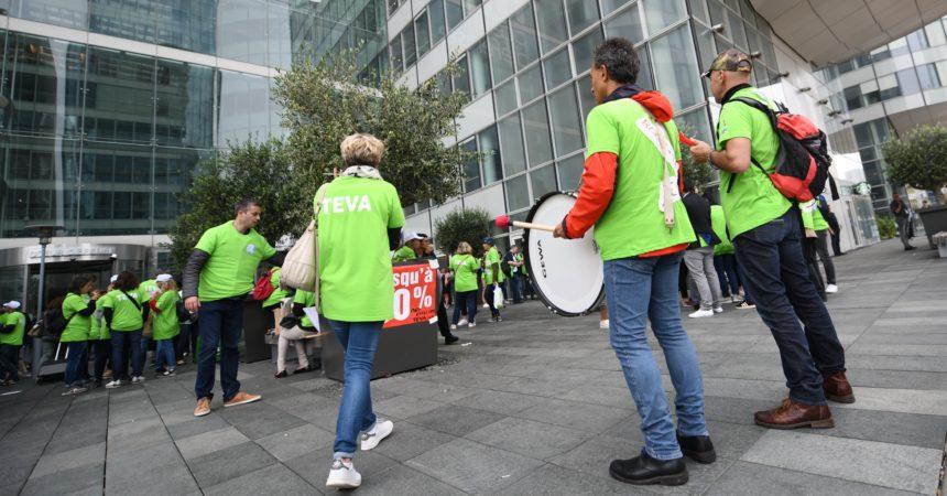 A La Défense les Teva dénoncent leurs conditions de licenciement