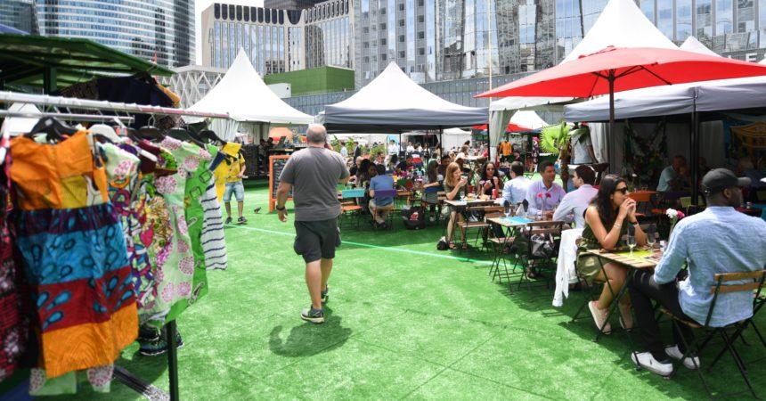 """Restaurants et commerces s'installent au cœur du parvis de La Défense pour le village d'été """"Les Estivales"""""""