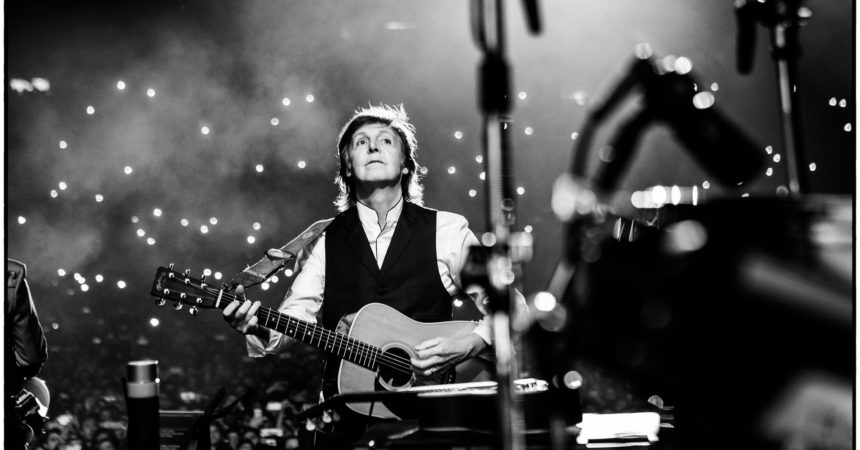 Paul McCartney en concert à Paris La Défense Arena le 28 novembre