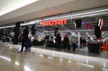 Pour les fêtes, Auchan adapte ses horaires