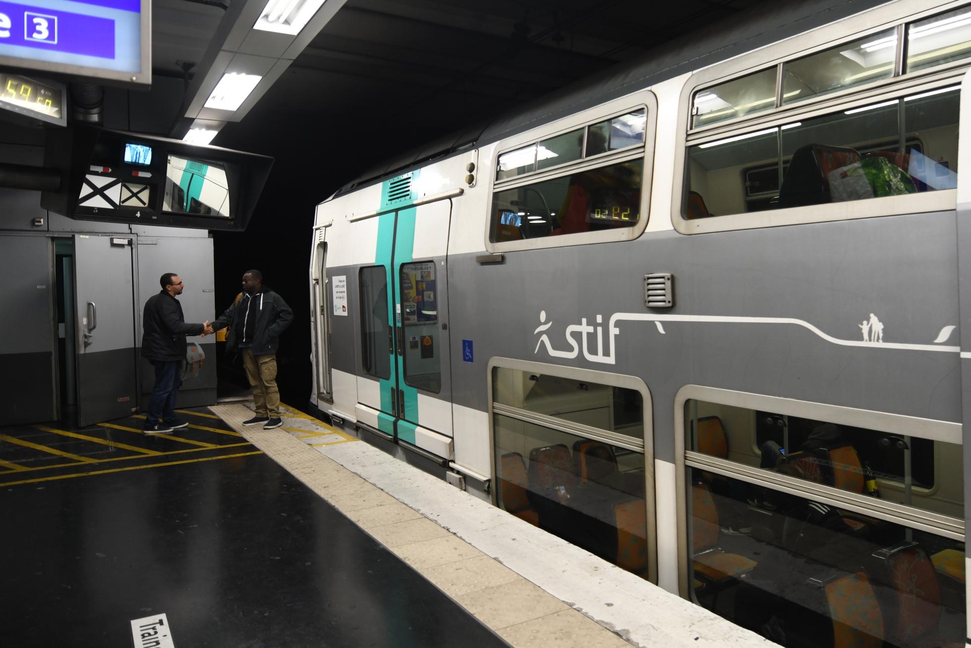 La fin de la relève sur le RER A se fait toujours attendre - Defense