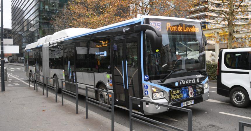Les bus de la ligne 275 sont maintenant articulés