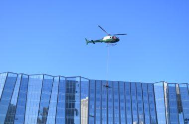 Opération d'héliportage avortée au sommet de l'immeuble RTE