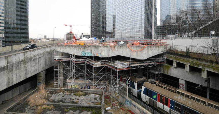 Les travaux de la découpe de l'ancien viaduc du Havre reprennent