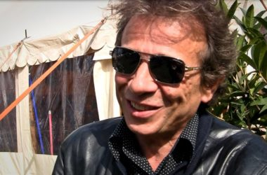 Le pro du rock Philippe Manœuvre sera de passage à la Fnac de La Défense