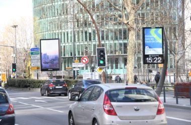 JCDecaux déploie le nouveau mobilier urbain des Hauts-de-Seine à La Défense